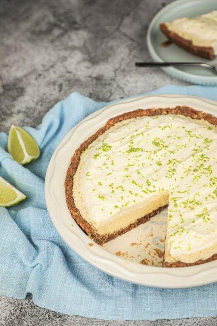 Easy Gluten Free Key Lime Pie Recipe with Almond Crust