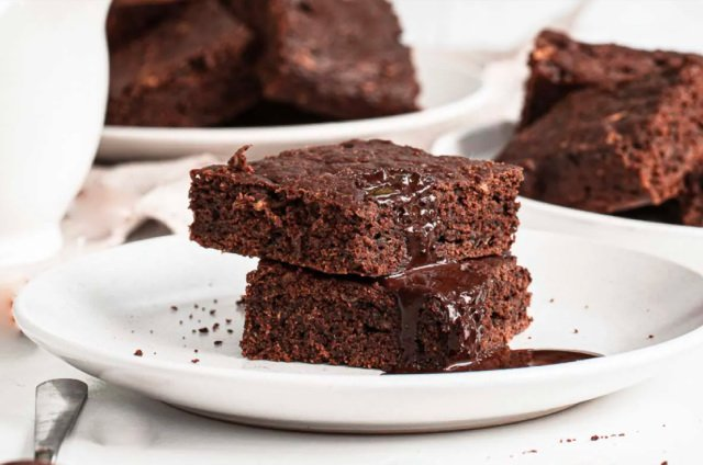 Cooking with Zucchini Dessert and Sweet Recipes - Brownie