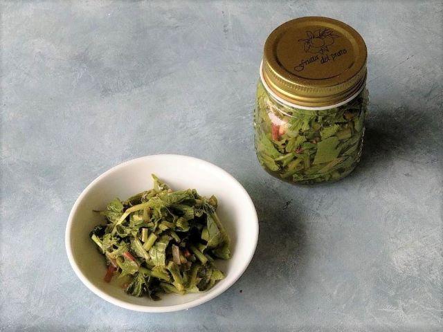 Easy Pickled Radish Greens Recipe