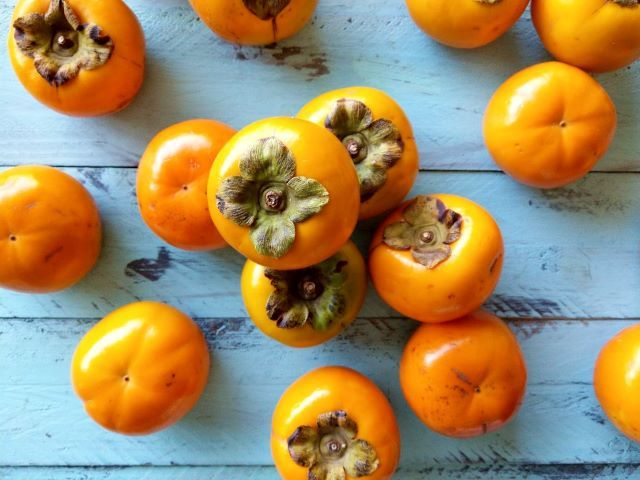 Eating Persimmon with Recipes Ideas to Try