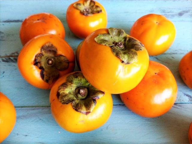 Fuyu Persimmons - Eating and Recipes